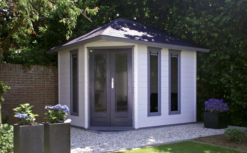 Extend your living space by building summerhouse