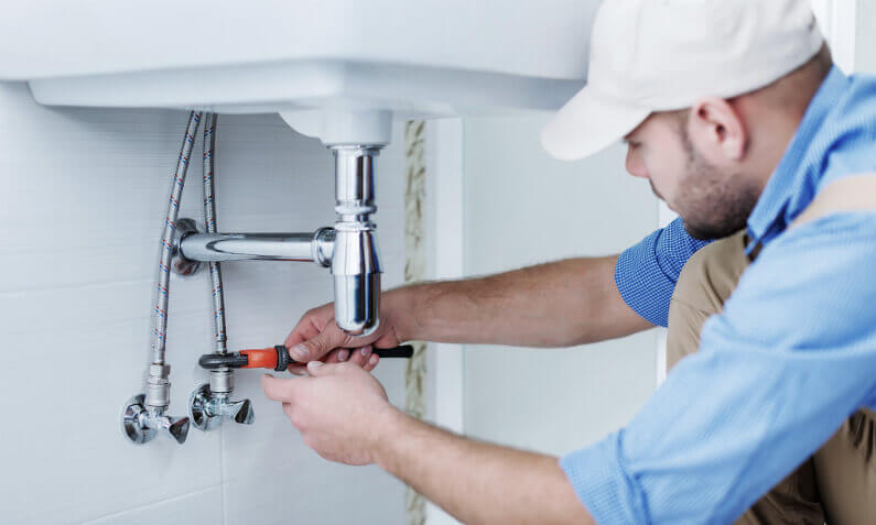 Insurance requirements for licensed contractors: