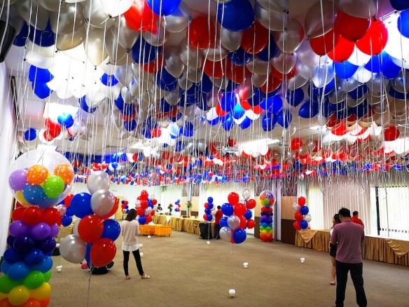 customised balloons singapore